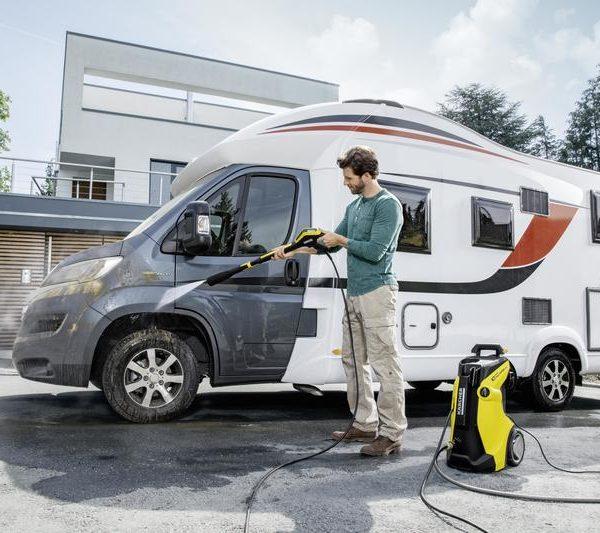 jet-washing-a-caravan